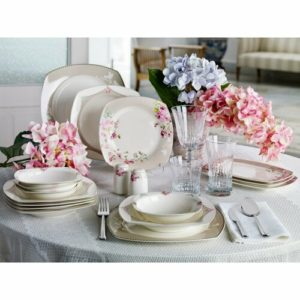 Pierre Cardin Mary Rose 6 Person 24 Piece Dinner Set
